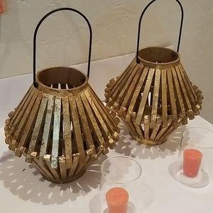 Gold leafed wooden lanterns